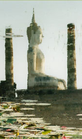 Buddha in Lake © Photo: Lisa Daix
