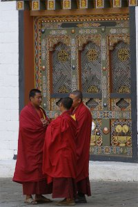 Tibetan Monks. Photo © Paul Heatley