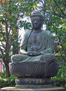 Buddha in meditation. Photo: © Hazel Waghorn