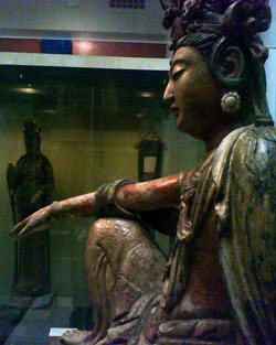 Guanyin Sideview from the V&A London