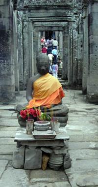 Stone Buddha Photo: © Janet Novak