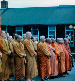 Opening of Amaravati temple 4 July 1999 Photo © BPG