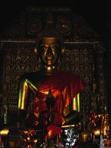 Buddha Rupa Cambodia Photo: ©  Janet Novak