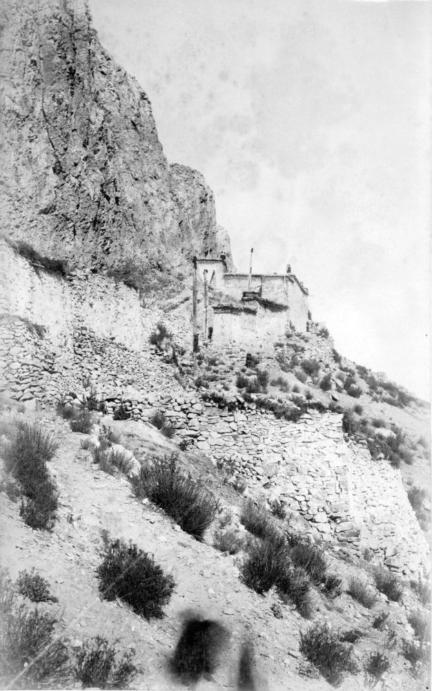 Photographs of the 1903 Francis Younghusband led mission to invade Tibet (4/6)