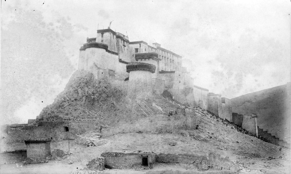 Photographs of the 1903 Francis Younghusband led mission to invade Tibet (5/6)