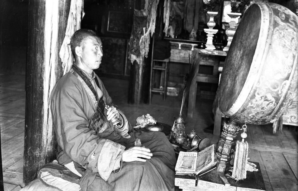 Tibetan Buddhist and Mongolian buddhist ceremonies