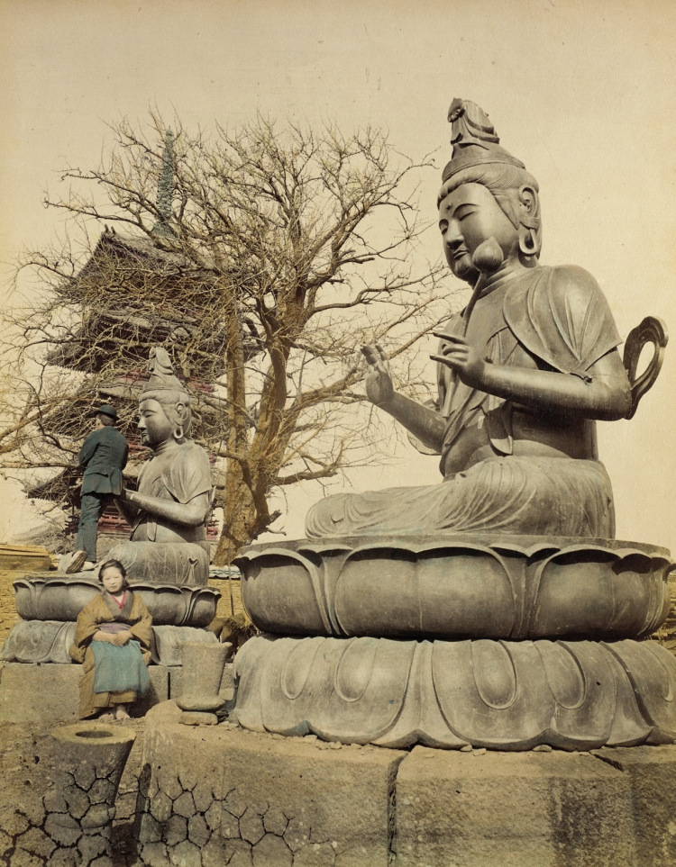 Buddhist Photographs of Japan in 1865 (4/6)