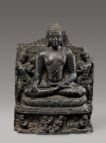 Seated Buddha Reaching Enlightenment, Flanked by Avalokiteshvara and Maitreya, India, Bihar, Nalanda monastery, late 10th–11th century © Metropolitan Museum of Art