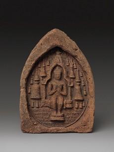 Votive Plaque: Seated Buddha in a Temple, India, Bihar, possibly Bodhgaya or Nalanda, ca. 9th–10th century © Metropolitan Museum of Art