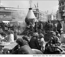 barkhor_square_Lhasa