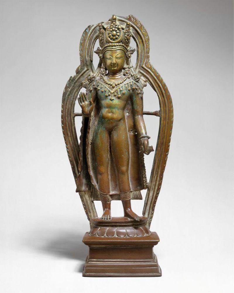 Crowned Buddha, India, Ancient kingdom of Kashmir, 9th century © The Metropolitan Museum of Art